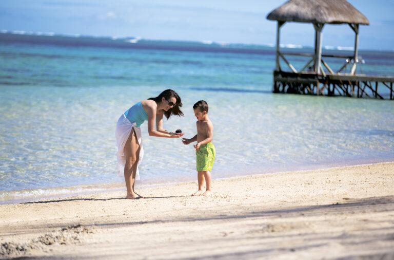 Маврикий с детьми