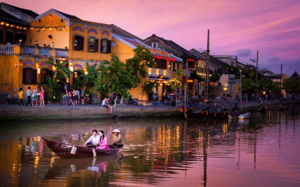 Отдых в Хойане, Вьетнам