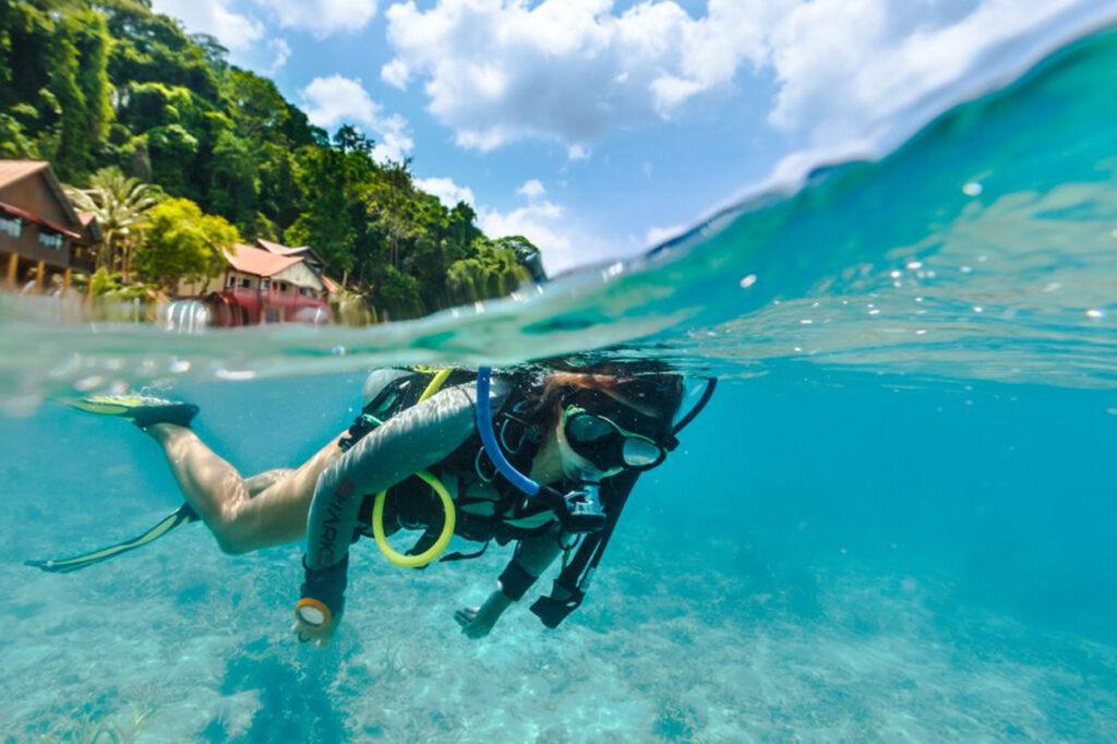 Дайвинг на острове Тиоман в Малайзии