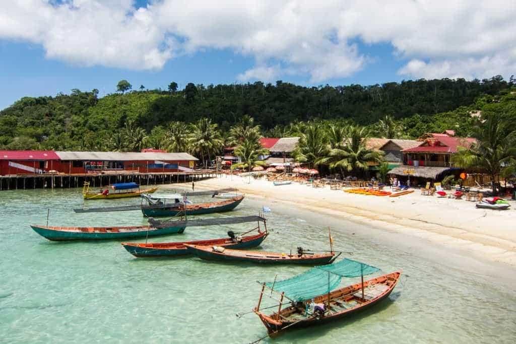 Курорты на острове Ко Ронг, Камбоджа