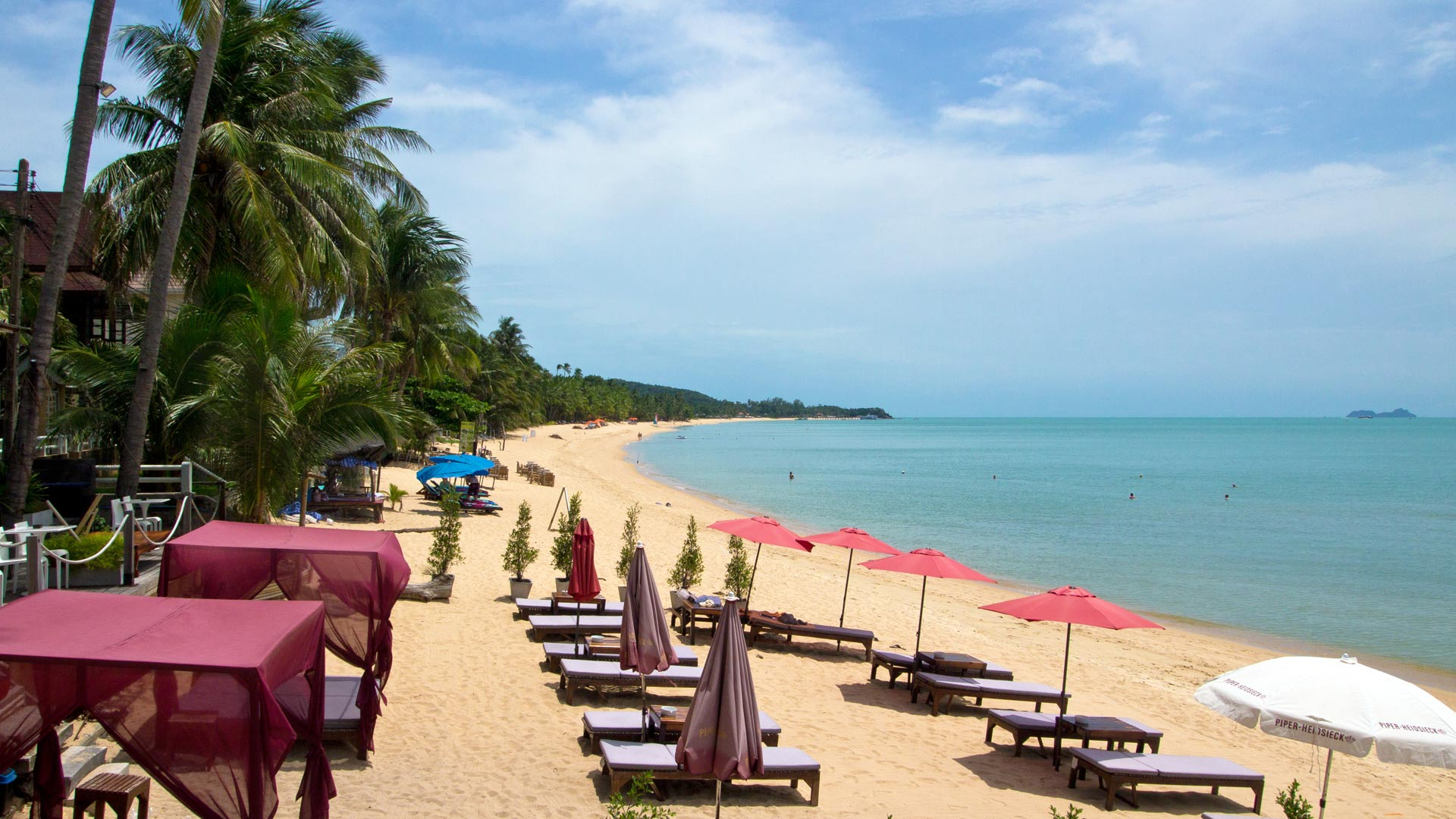 Пляж Маенам на Самуи в Таиланде