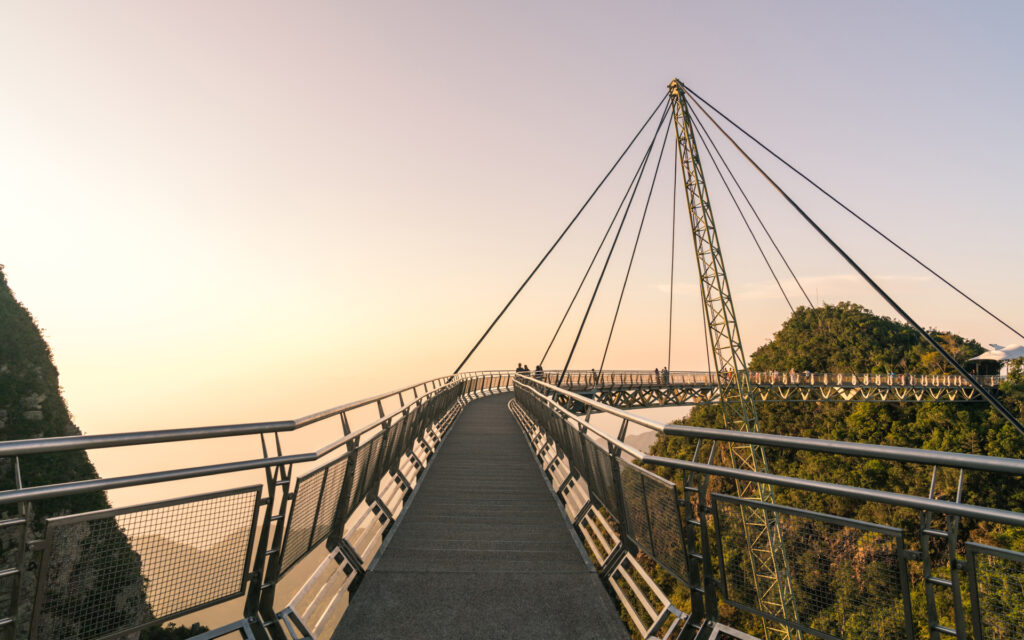 Воздушный мост на Лангкави в Малайзии
