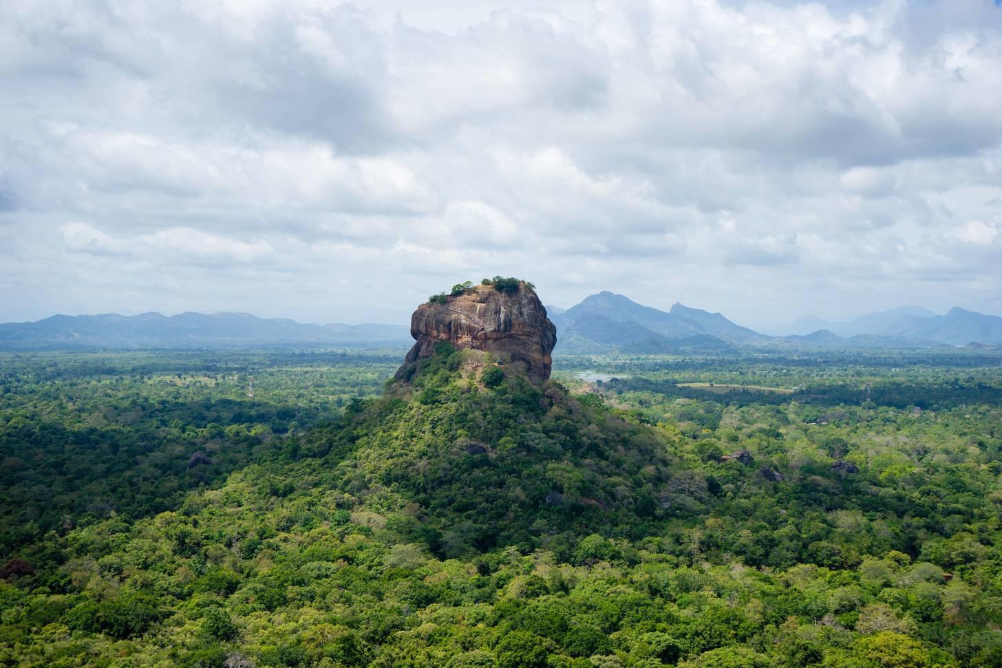 Львиная скала Сигирия на Шри-Ланке