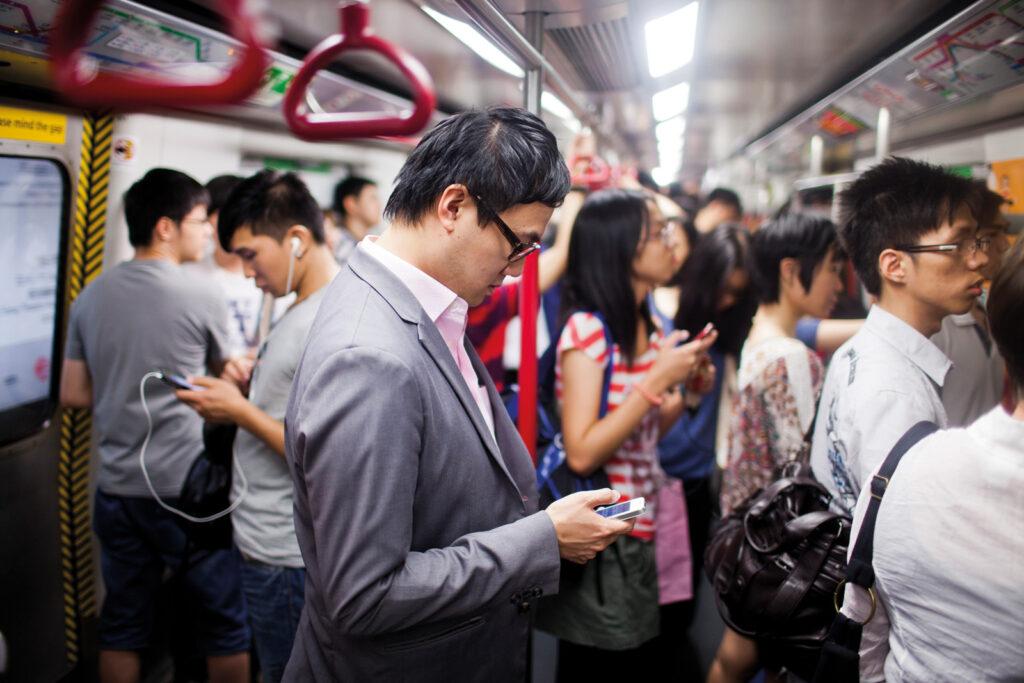 Сотовая связь и интернет в Японии