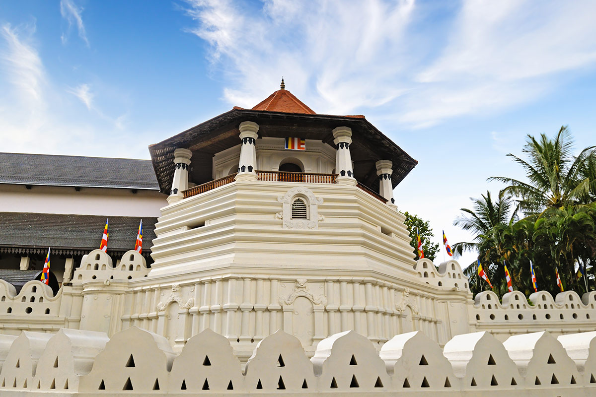 Храм зуба Будды на Шри-Ланке