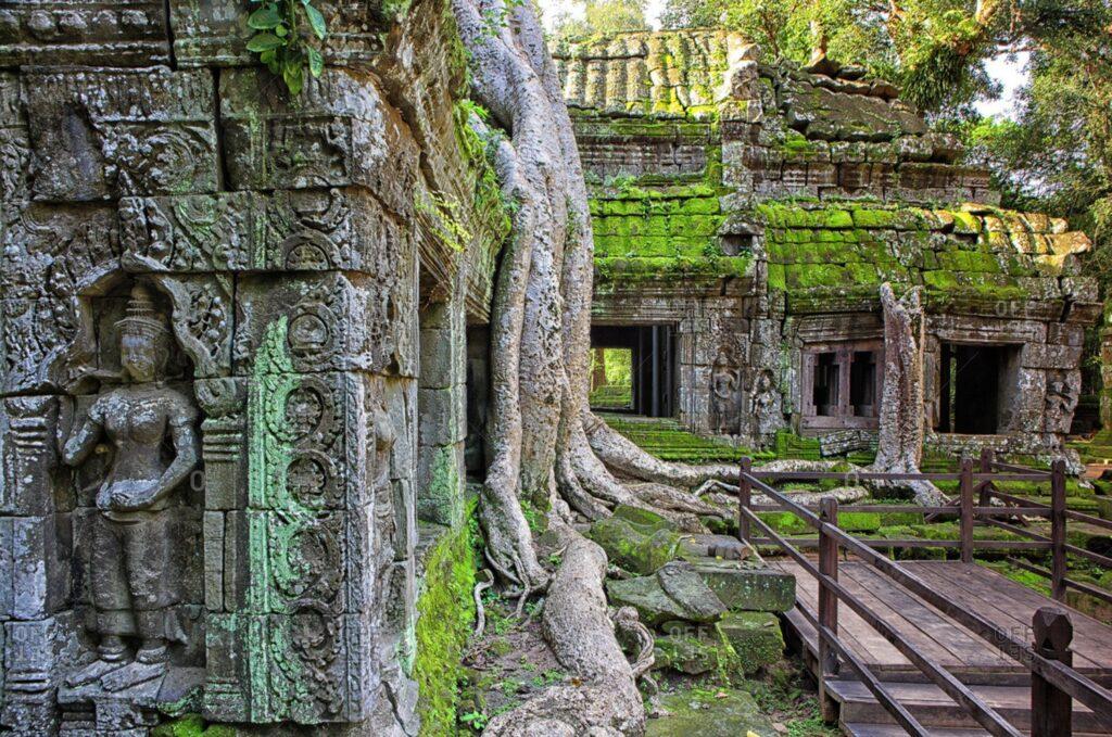 Древний город Ангкор Ват в Камбодже