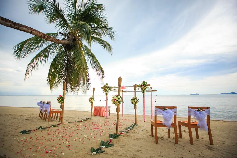 Пляж Бан Тай на острове Самуи