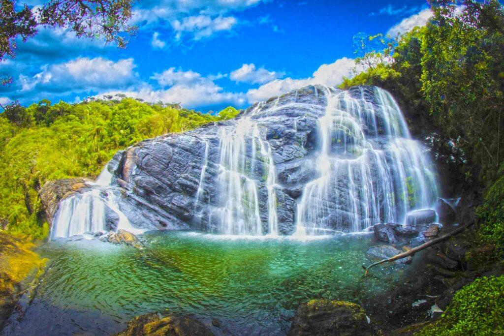 Лучшие водопады на Шри-Ланке