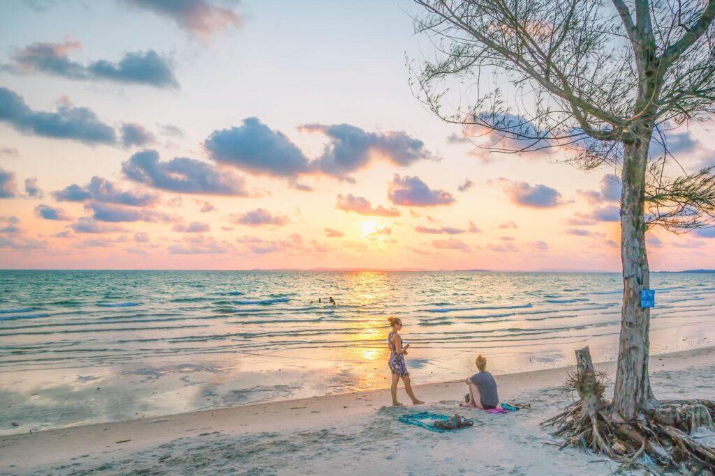 Сезон для пляжного отдыха в Камбодже