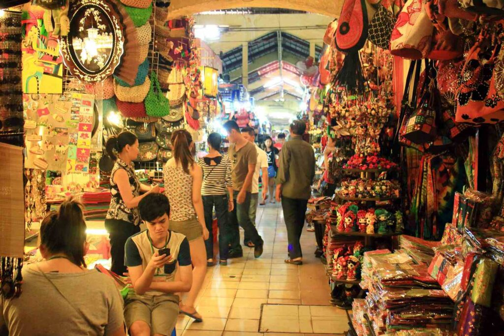 Рынок Бен Тхань в Хошимине, Вьетнам