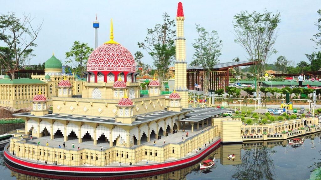 Зона детского парка развлечений Леголенд Малайзия