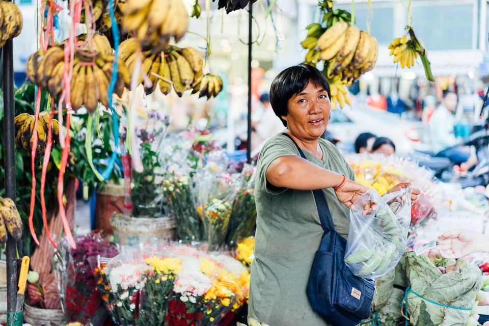 Чем расплатиться в Камбодже на рынке
