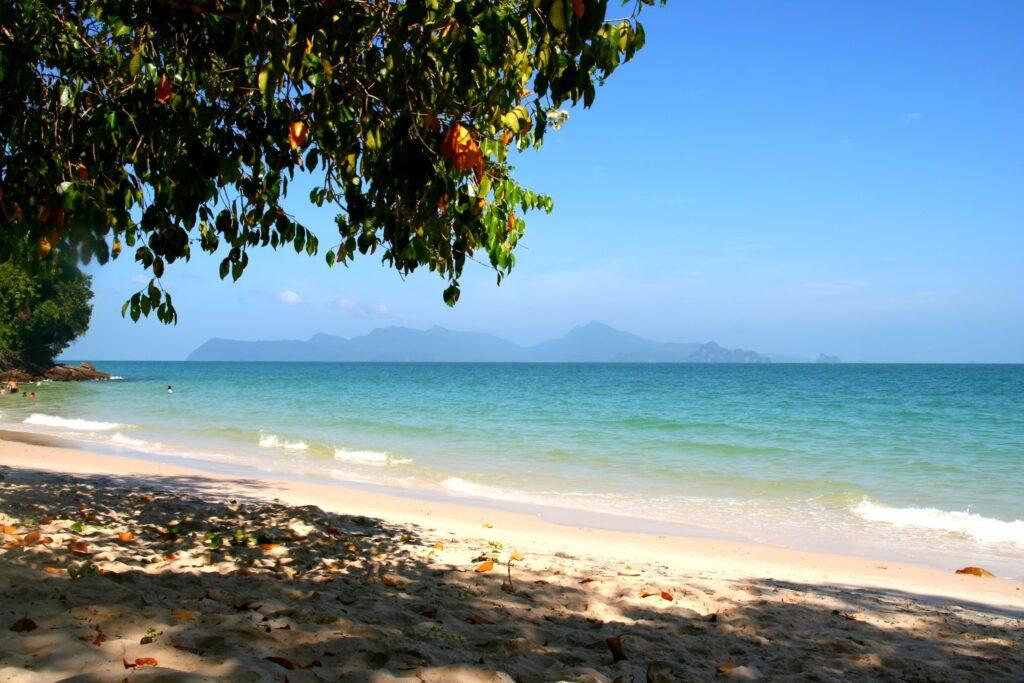 Лучшие пляжи Лангкави - Pasir Tengkorak Beach