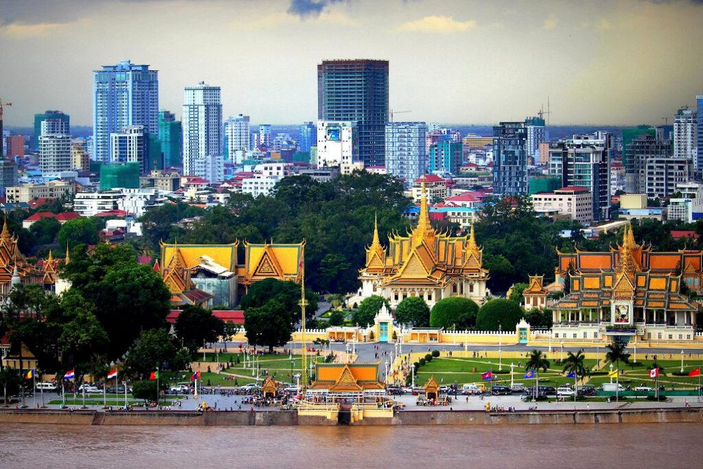 Столица Камбоджи город Пномпень