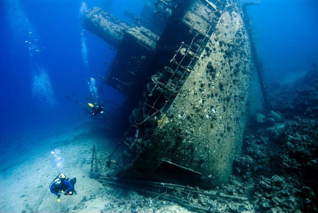 Дайвинг на острове Тиоман - затонувший корабль