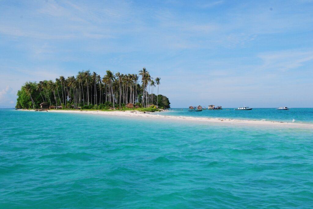 Остров Сибуан, Тун Сакаран, Малайзия