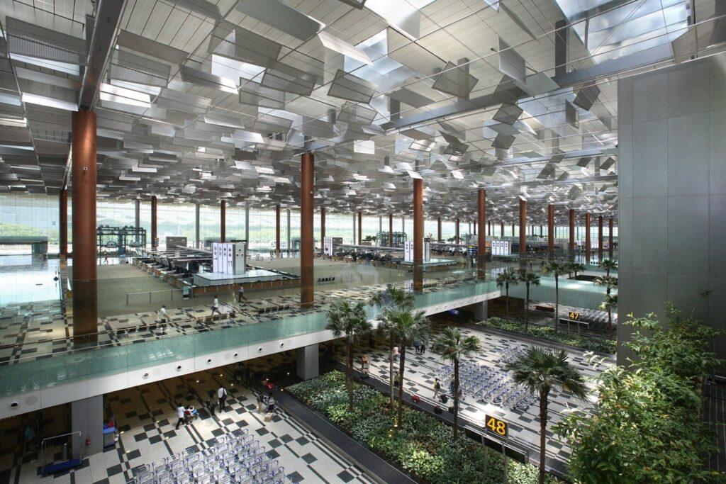 Аэропорт Changi в Сингапуре внутри