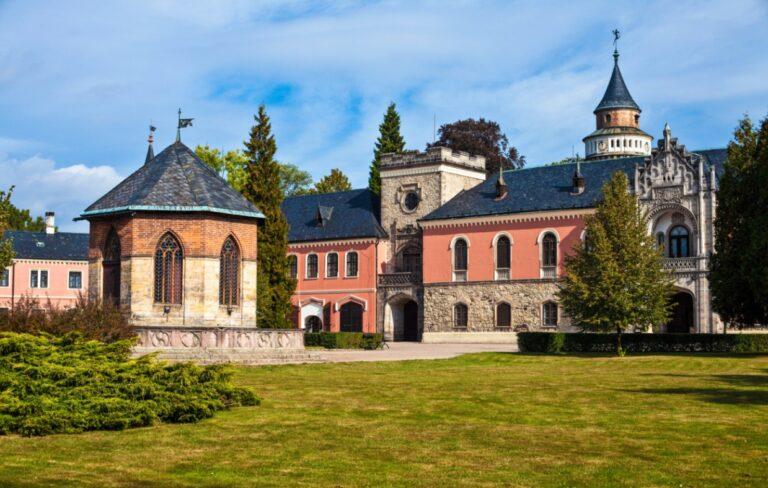 Замок Сихров в Чехии