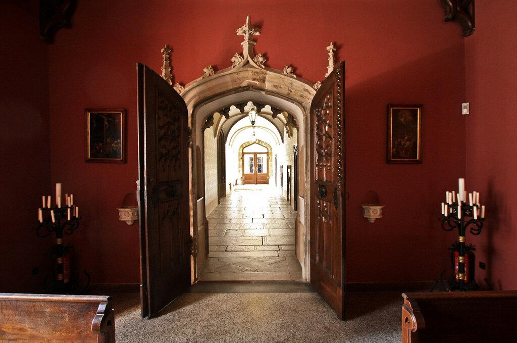 Замок Сихров в Чехии фото