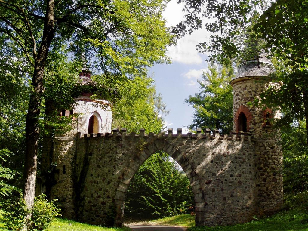 Интерьеры замка Сихров в Чехии