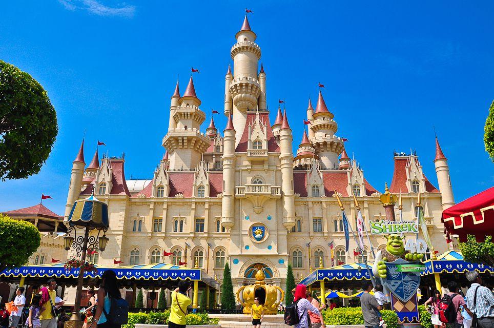 Замок в Universal Studios Park Singapore