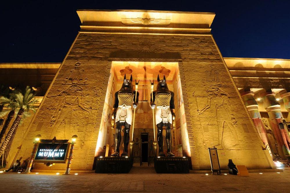 Зона Египта в парке аттракционов Юниверсал Студио Сингапур