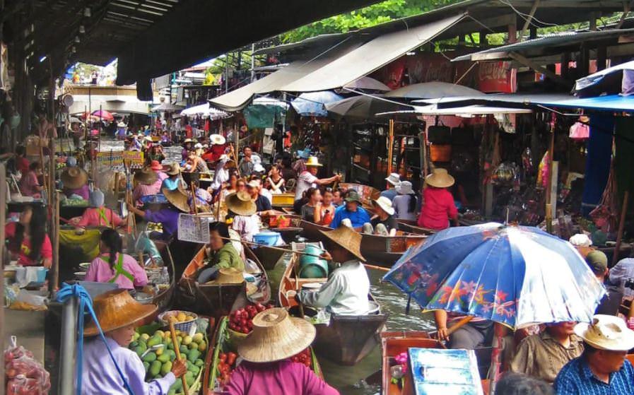 Дамноен Садуак, Бангкок