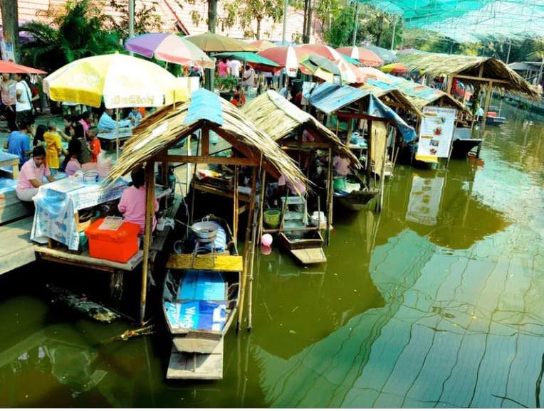 Банг Нам Пеунг - Бангкок