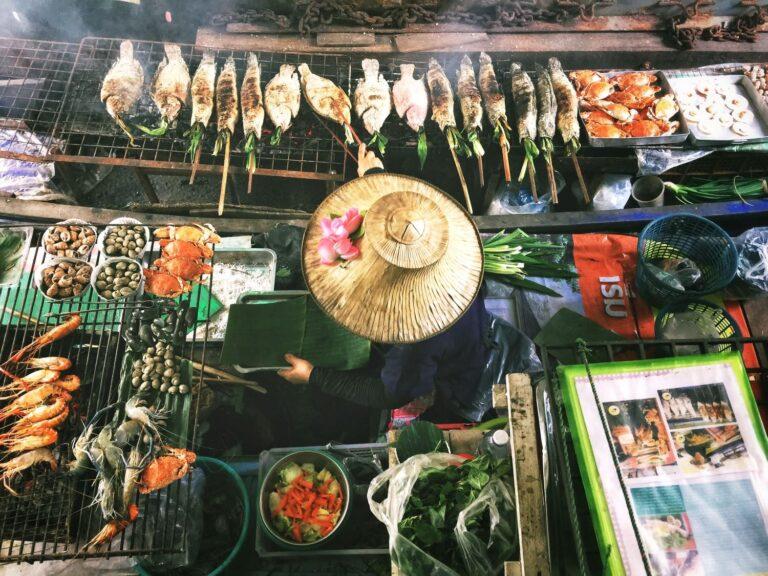 рынок Тха Кха